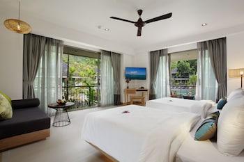 Tropicana Superior Room