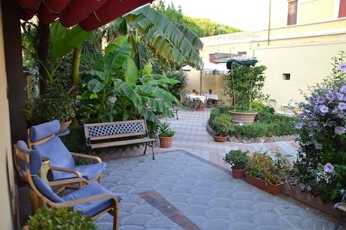 __{offers.Best_flights}__ Hotel Soggiorno Athena