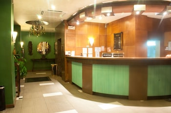 Pearl Lane Hotel Manila Reception