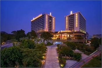 Hotel - Venus Royal Hotel (New Int'l Exhibition Center)