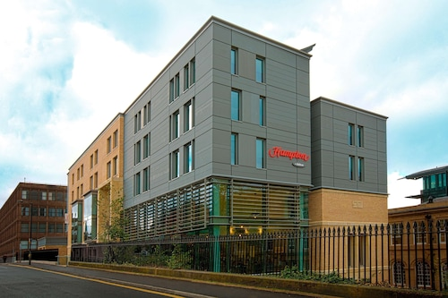 . Hampton by Hilton York