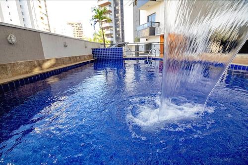 __{offers.Best_flights}__ Sun Square Suites Hotel