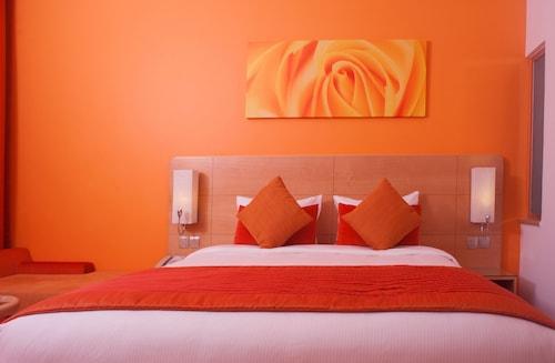 Al Khoory Executive Hotel,