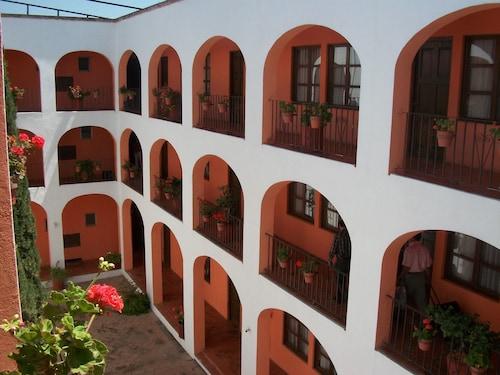 Hotel Amealco, Amealco de Bonfin