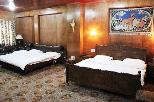 Walisons Hotel, Srinagar