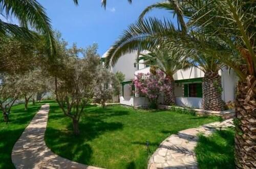 Studios Vrettos, South Aegean