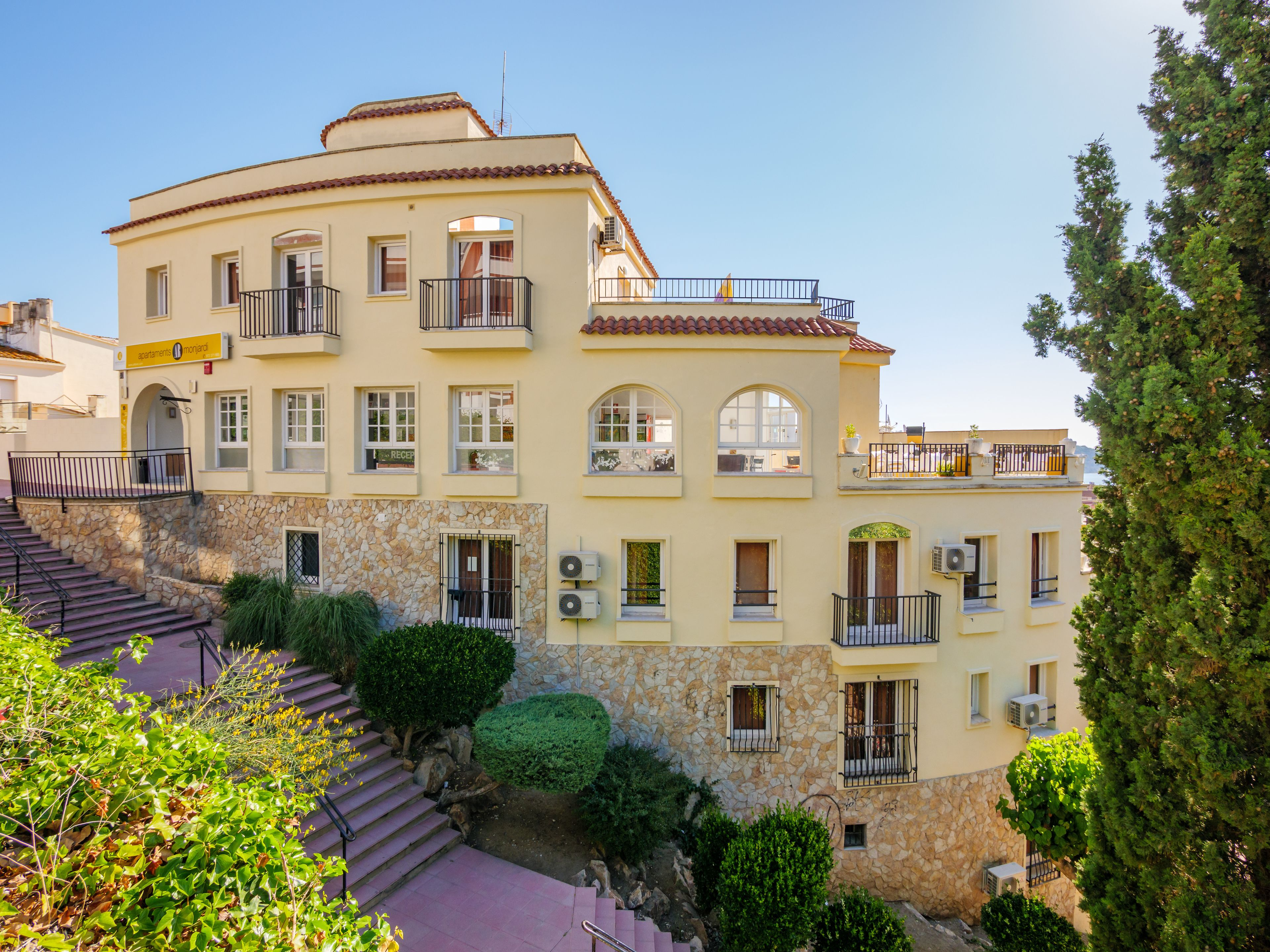 Apartments Monjardi Beach Lloret