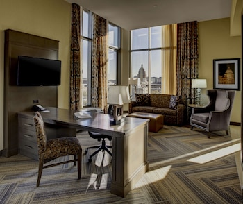 Suite, One King Bed, with Balcony
