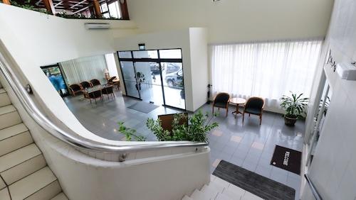 Jubilee Hotel, Kianggeh