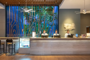 Hotel - Holiday Inn Express Phuket Patong Beach Central