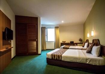 ホテル コンチネンタル