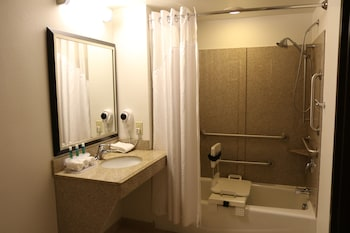 Room, 2 Double Beds, Accessible, Non Smoking (Mobility Tub)