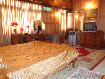 Hotel - Alif Laila Group of Houseboats