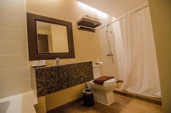 Apple Tree Hotel Cagayan de Oro Bathroom