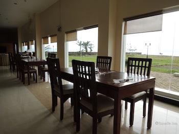 Days Hotel Cebu - Toledo Restaurant