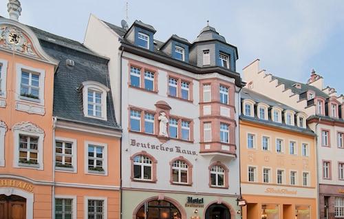 . Hotel Deutsches Haus
