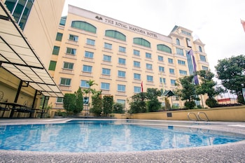 THE ROYAL MANDAYA HOTEL