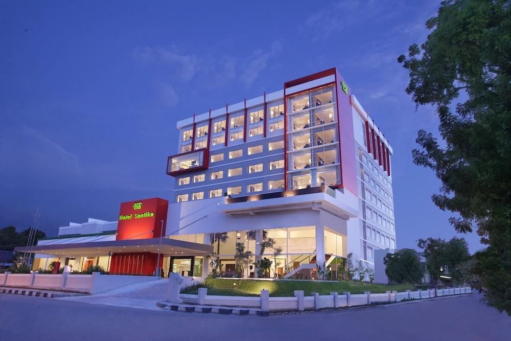 Santika飯店 - 帕魯