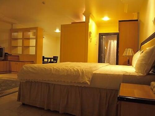 Mayfair Hotel, Kinondoni