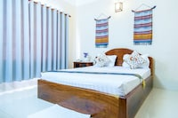 Deluxe Double Room, 1 King Bed, Private Bathroom