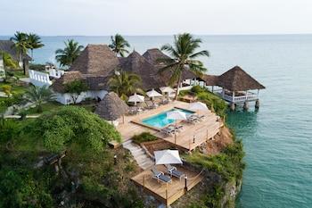 Hakuna Matata Beach Lodge and Spa