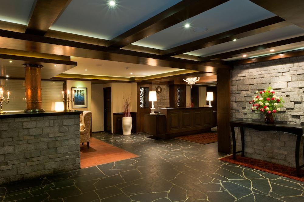 https://i.travelapi.com/hotels/6000000/5460000/5454400/5454344/72705889_z.jpg