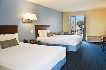 Standard Room, 2 Queen Beds, City View