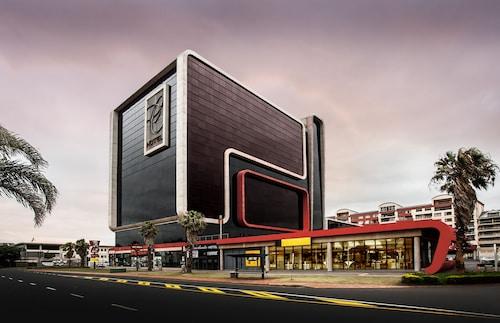 . Coastlands Umhlanga Hotel and Convention Centre