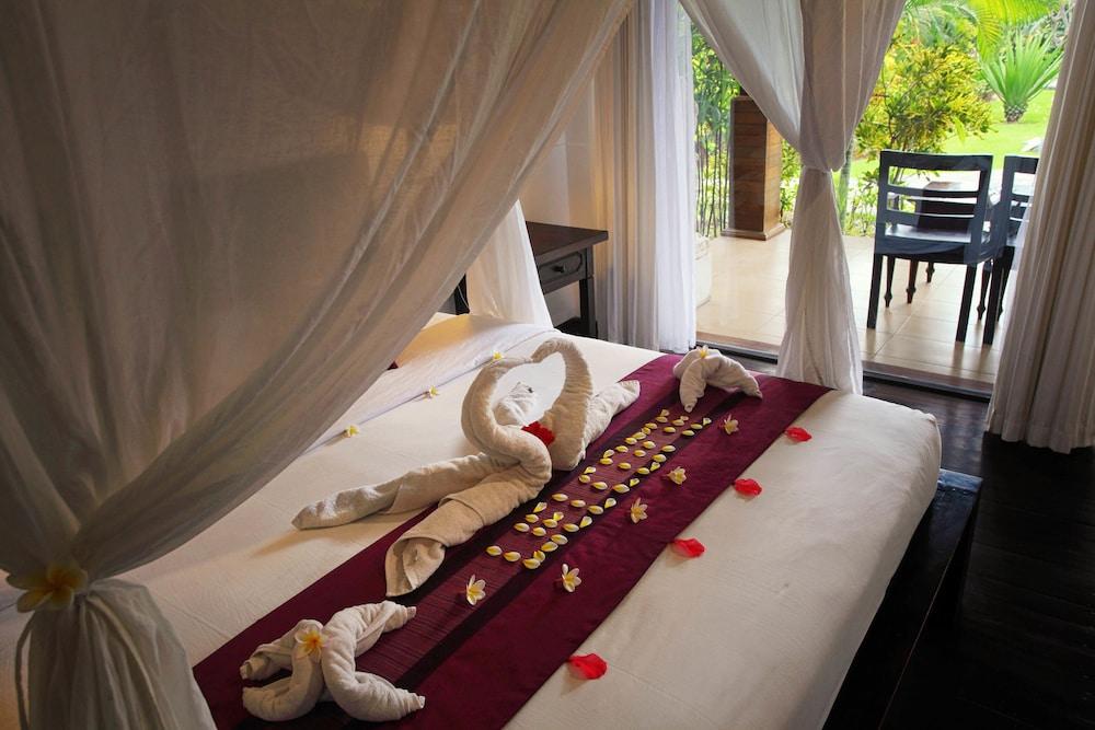 https://i.travelapi.com/hotels/6000000/5480000/5477400/5477331/529c607e_z.jpg