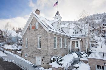 Washington School House