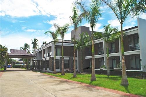 . San Antonio Resort