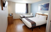 Triple Room (Min 3 people occupancy)