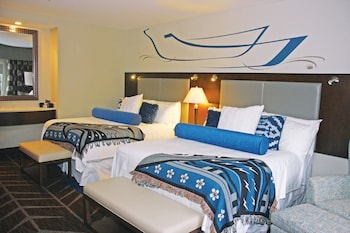 Premium Room, 2 Queen Beds, Accessible
