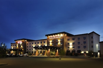 Hotel - Chateau Nova Yellowhead