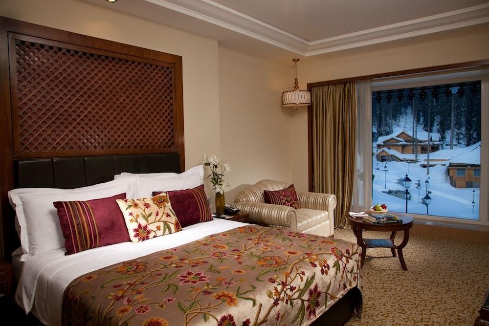 https://i.travelapi.com/hotels/6000000/5510000/5502400/5502343/92698e43_z.jpg