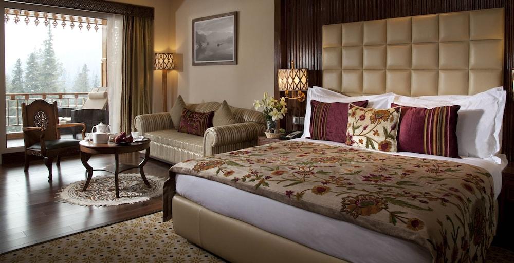 https://i.travelapi.com/hotels/6000000/5510000/5502400/5502343/c8854356_z.jpg