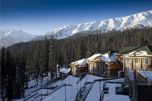 The Khyber Himalayan Resort & Spa, Baramulla