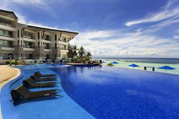 The Bellevue Resort Bohol Outdoor Pool