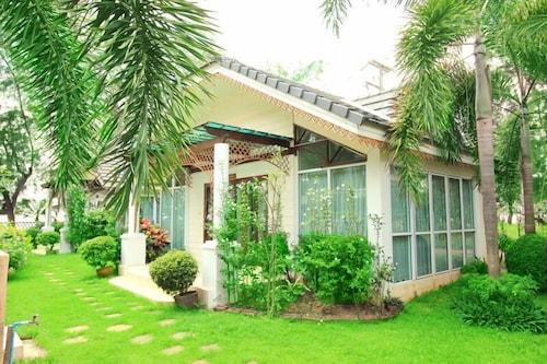 Plumeria Villa & HideAway, Muang Rayong