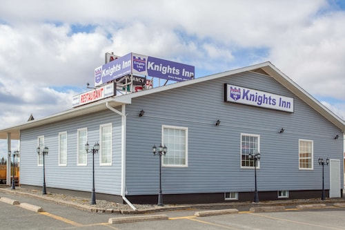 . Knights Inn Woodstock