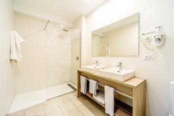 Hotel Atolon - Bathroom  - #0