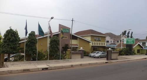 Forest Gate Hotel, Accra