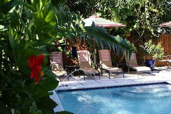 Hotel - Island Sands Inn