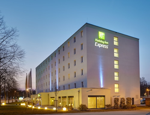 . Holiday Inn Express Neunkirchen
