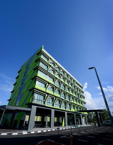 56 Hotel, Kuching