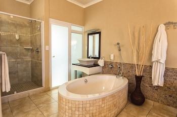 Hotel Zum Kaiser - Bathroom  - #0