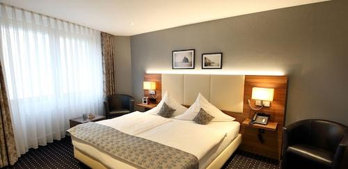 . Lobinger Hotel - Weisses Ross