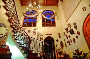 Hotel - The Cariari Bed and Breakfast