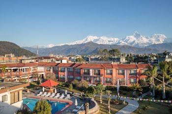 Pokhara Grande