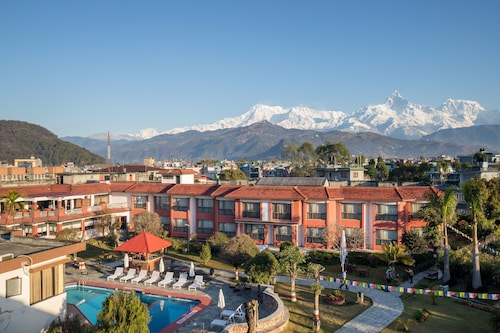 . Pokhara Grande